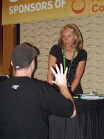Rosalind speaks to attendees at 2006 Casino Affiliate Convention